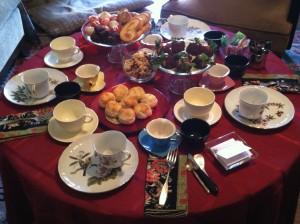 Host a Tea Party Table